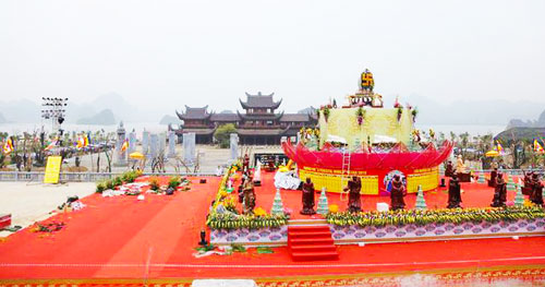 Birth-Ceremony-of-Lord-Buddha-in-Vietnam-2019