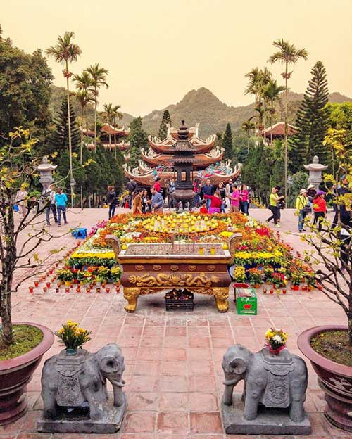 On-the-campus-of-Thien-Tru-Pagoda