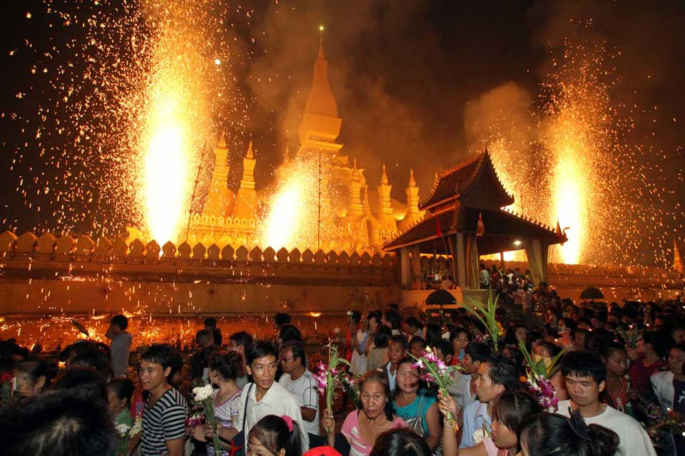 Pha_That_Luang_Festival
