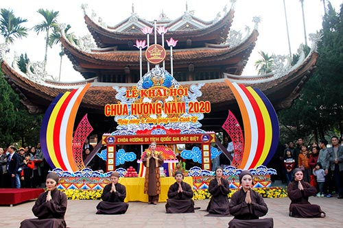 The Opening Ceremony of Huong Pagoda 2020