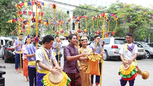 Trot Dance welcoming Cambodia New Year