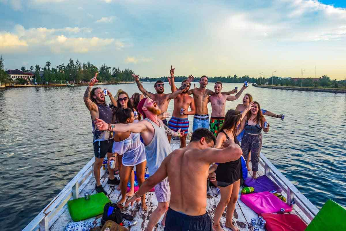 Chill out with your buddies during Cambodia Holidays