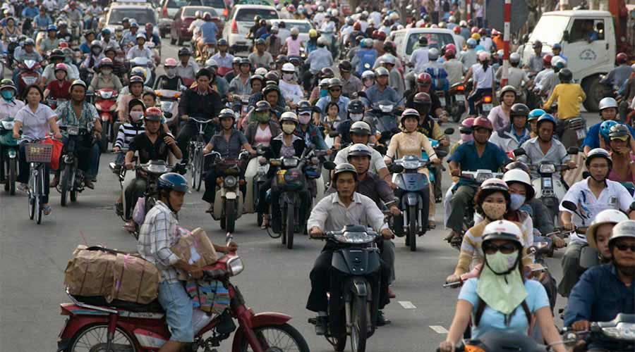 Be aware of crossing the road because of the crazy traffic in Vietnam