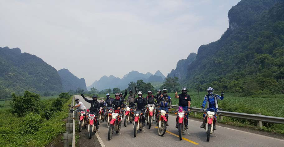 Motorbike tour from Hanoi to Ho Chi Minh City (or Vice Versa)