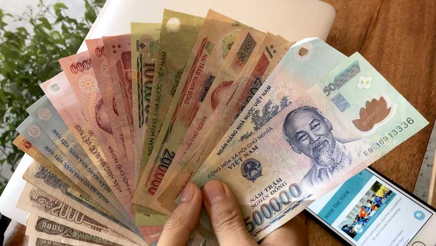 Don't be frustrated when exchange money in Vietnam