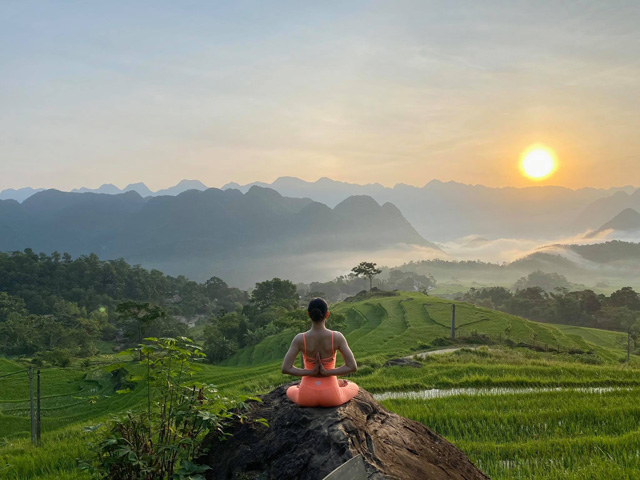 Great places in Vietnam for a big fan of yoga who passionates about travel