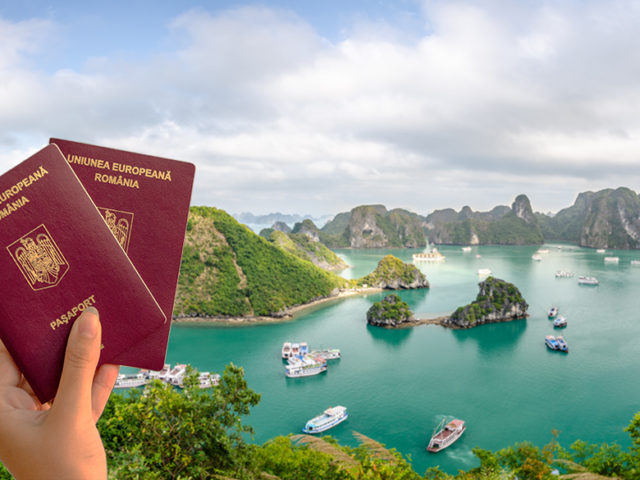 How to extend Visa and apply Visa for Works to Vietnam