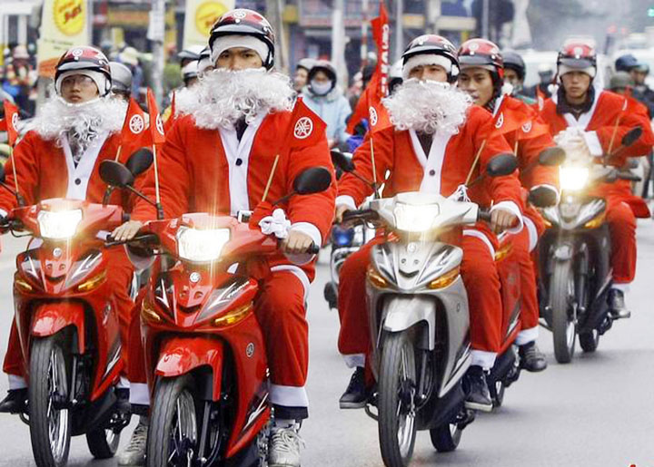 What is Hanoi's Christmas like?