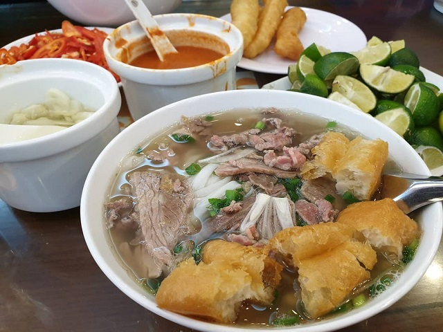 What to experience in your Food Tours to Vietnam