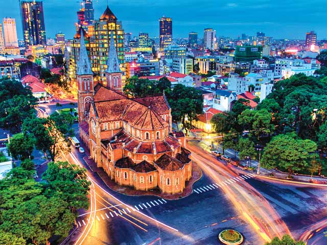 SAIGON – CU CHI TUNNELS – MEKONG DELTA – CAN THO 5 DAYS