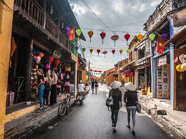 THE HERITAGES IN VIETNAM 11 DAYS