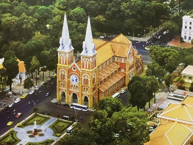 MEKONG DELTA TOUR FROM SAIGON TO SIEM REAP