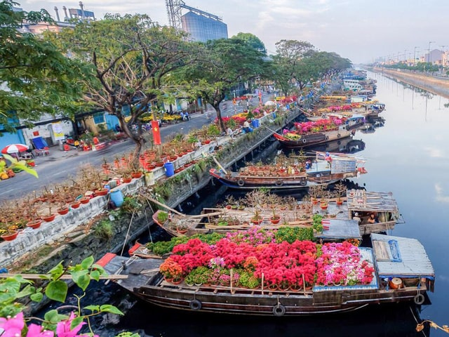 Saigon - Cu Chi Tunnels - Mekong Delta - Can Tho 5 Days