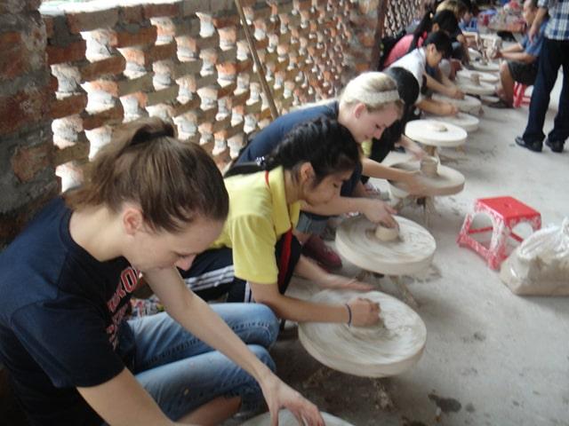 Bat Trang Pottery Village Day Tour