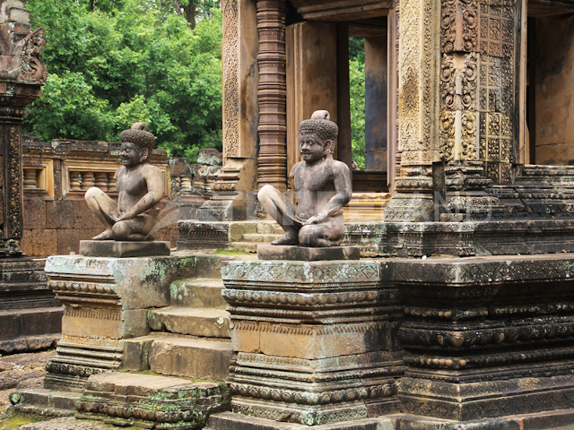 Full Day Kbal Spean Banteay Srei Banteay Samre