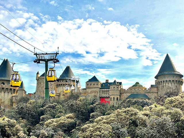 FULL DAY TOUR TO BA NA HILLS