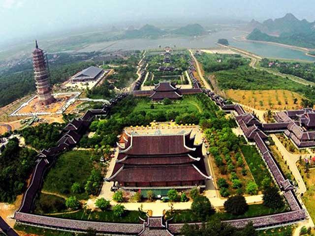 Explore Bai Dinh And Trang An