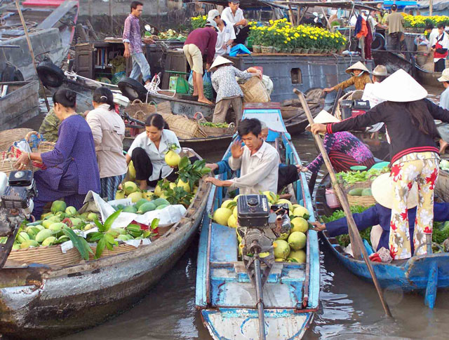 Vietnam - The Bustling South (International Group Tour)