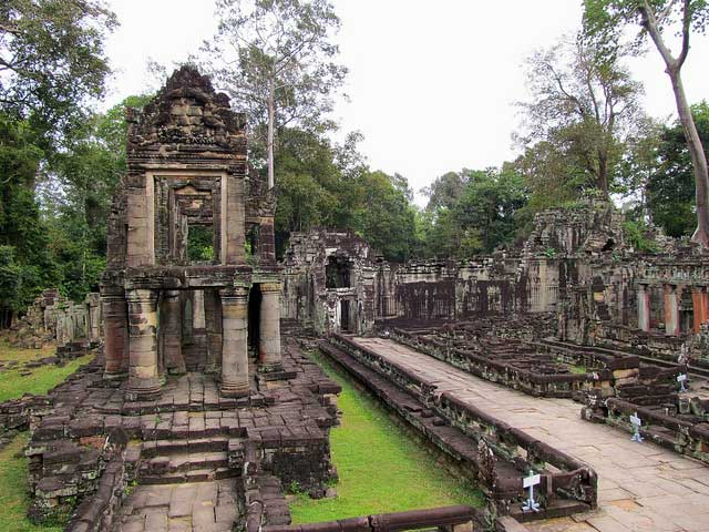 UNIQUE HONEYMOON IN CAMBODIA