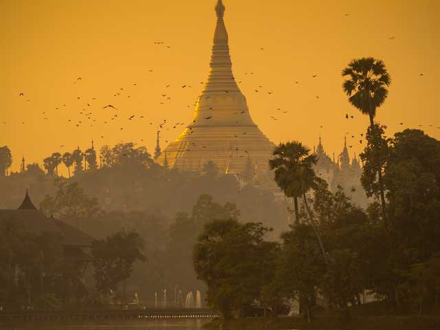 A GLANCE OF YANGON
