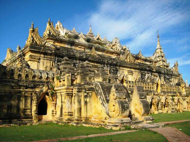 MANDALAY SAGAING INWA DAY TRIP