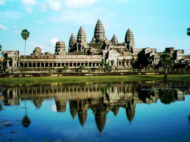 ANGKOR COMPLEX HIGHLIGHT TOUR